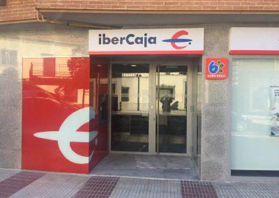 Reforma de local para sucursal bancaria de Ibercaja