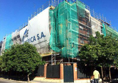 Rehabilitación zona pisicna y fachadas exteriores en edifico plurifamiliar